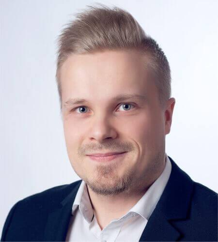 Vakuuttava.fi - Yhteystiedot